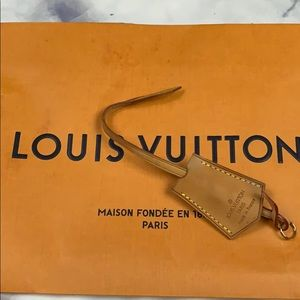 LOUIS VUITTON clochette vachetta